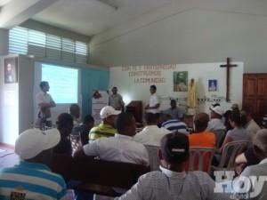 Acto de coordinación del plan de desarrollo de Hondo Valle y Juan Santiago.