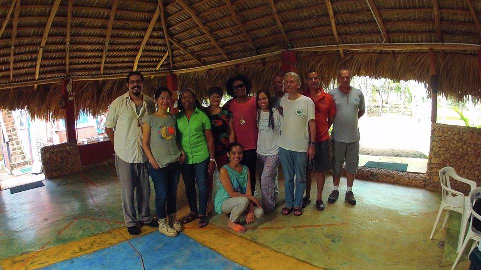Grupo de trabajo reunido con Xiomara Fortuna en el Rancho Ecológico El Campeche - San Cristóbal